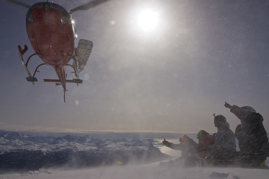 Хелиски и Хелибординг с Хелипро на Аляске, Heliskiing and Heliboarding with Helipro in Alaska.