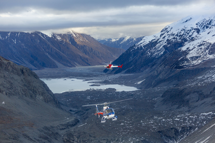 Хелиски и хелибординг с Хелипро в Новой Зеландии,  New Zealand Heliski and Heliboarding with Helipro.