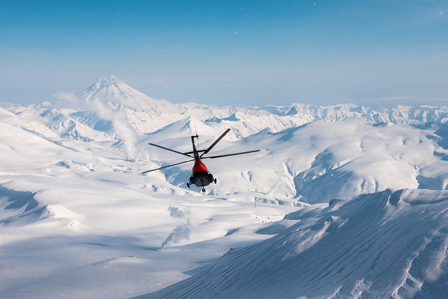 Хелиски и хелибординг с Хелипро на Камчатке. Heliski and Heliboarding with Helipro in Kamchatka.